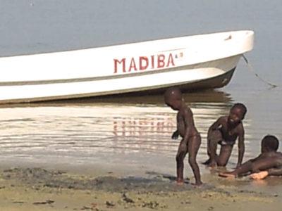 Madiba. L'ambulància fluvial.